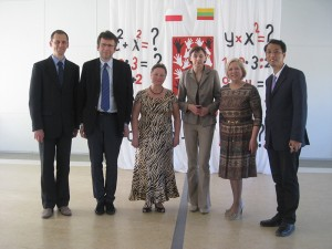 renginyje apsilankė garbingas svečias iš Japonijos (pirmas iš dešinės)